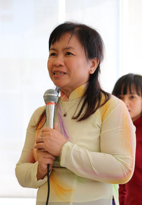 Tiến Sĩ Ngọc Tuyết, giảng viên môn Tiếng Việt thực hành, Học Viện Phật Giáo Việt Nam phát biểu cảm nghĩ về cuộc thi